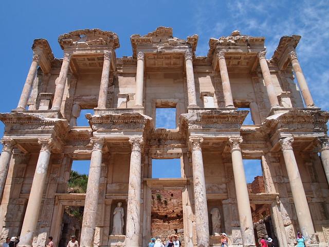 塞爾瑟斯圖書館Library of Celsus