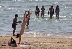 Tel Aviv, Beach, girl posing (blauepics) Tags: blue light sea woman beach water girl strand landscape licht israel sand meer wasser palestine tel aviv posing east attractive handstand blau frau middle landschaft osten palstina mdchen gymnastik attraktiv mittlerer agieren