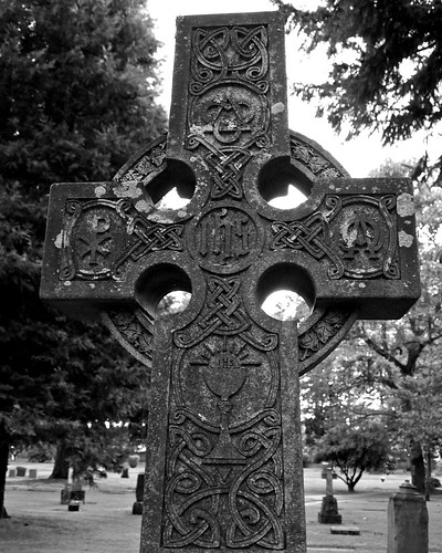 Celtic Cross in the Oakwood Hill Cemetery in Tacoma Washington