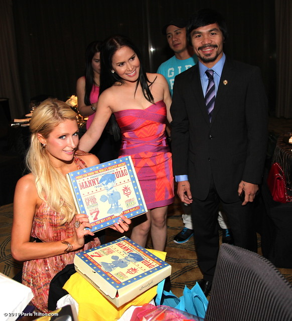 paris-hilton-inthephilippines-photos