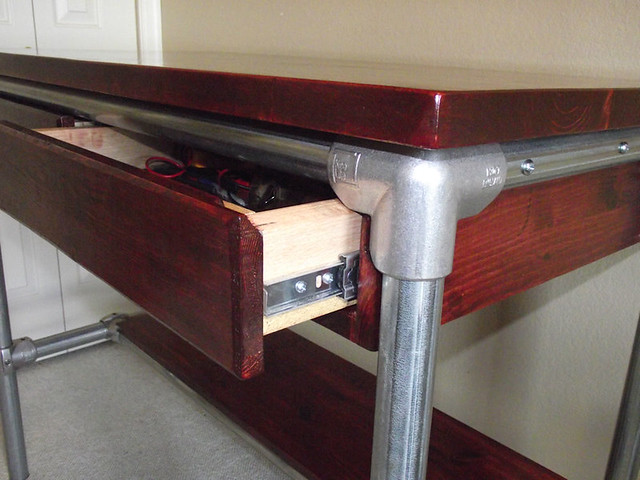 Elegant Kee Klamp Work Bench with Drawers