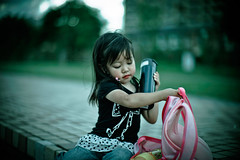 Her Knapsack (moaan) Tags: leica pink blue portrait color green girl digital 50mm evening kid dof child bokeh dusk candid f10 utata lip noctilux rucksack bluegreen atdusk m9 knapsack 2011 eventide leicanoctilux50mmf10 leicam9 gettyimagesjapanq4