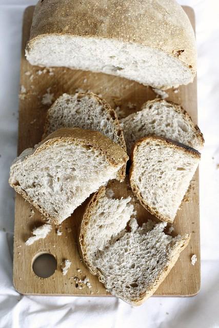 Pane integrale con lievito naturale