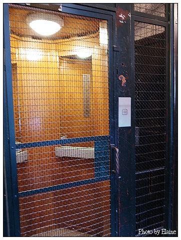 瑪黑公寓的電梯