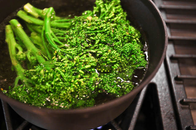 Blanching the Broccolini, part 1