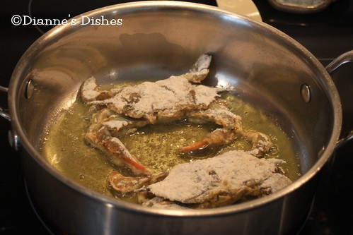 Pan Fried Soft Shell Crab: Frying the Bottoms