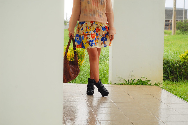floral dress, sheer top, black pointy booties, denise katipunera, style blog