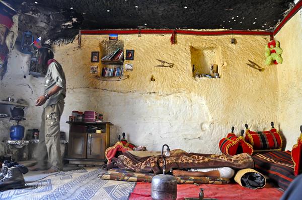 ghassab cave petra
