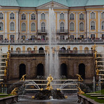 "Peterhof - Sant Petersburg <a style=""margin-left:10px; font-size:0.8em;"" href=""http://www.flickr.com/photos/8765767@N07/6106556860/"" target=""_blank"">@flickr</a>"