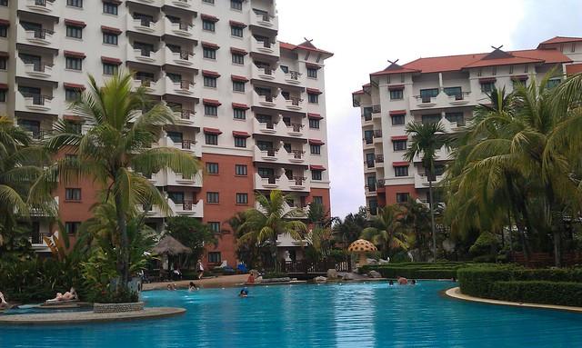 15 Holiday Inn Batam