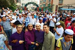 Eid Mubarak at Shanghai (Kamal Zharif) Tags: eid celebration harirayaaidilfitri idulfitri muslimcelebration musliminchina eidalmubarak huximosque malaysiantraditionalattire muslimeidcelebrationatshanghai shanghaimuslim muslimcultureinchina muslimcultureinshanghai
