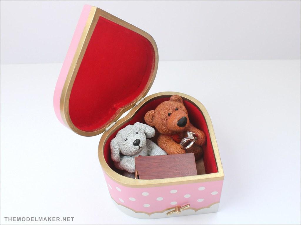 engagement ring box 3