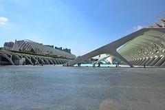 L'Umbracle (mitko_denev) Tags: españa valencia spain calatrava spanien архитектура cityofartsandsciencies испания валенсия калатрава футуризъм