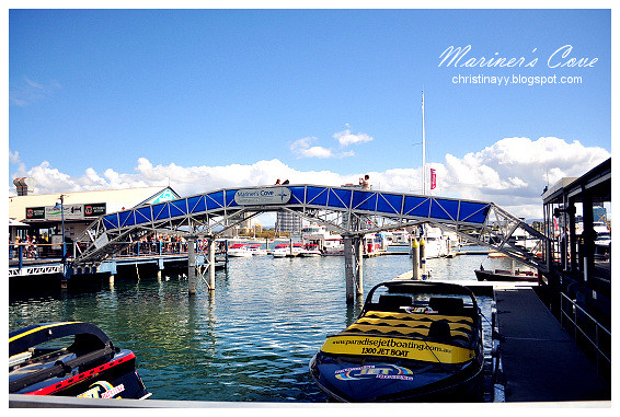 Gold Coast's Surfers Paradise: Jet Boating at Mariner's Cove