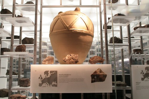 Reliefbandamphoren - Amforer med reliefbånd - Relief-Band Amphorae - Wikinger Museum Haithabu WMH 04-09-2011