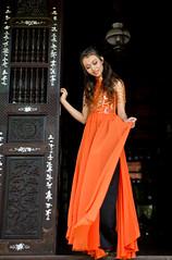 Phuong Nam [16] (ChinnyPlus) Tags: people traditionaldress aodai vietnamesegirl planart1450 duyendang saigongirl zf2 planar5014zf quyenru nikond3s ladyinaodai vietnamesdress