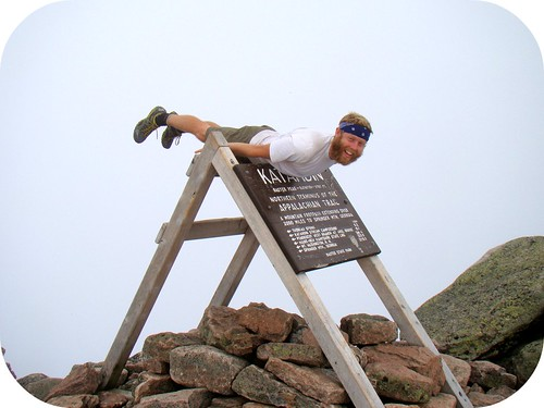 Loop plankin' the Katahdin sign