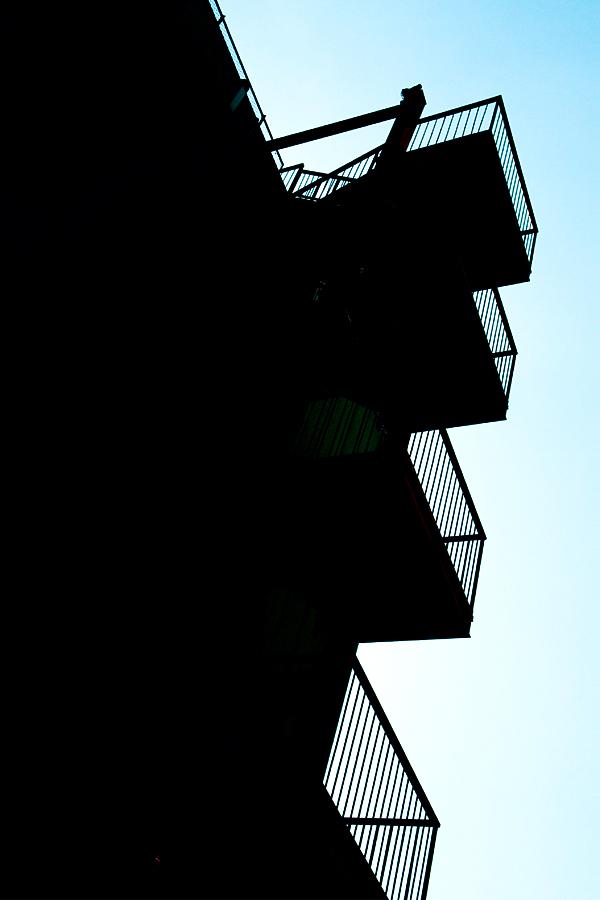 非常階段|滋賀県野洲市