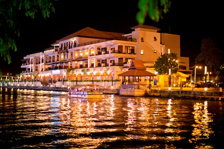 Casa del Rio night view from across the river