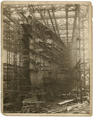 [Mauretania under construction] (SMU Central University Libraries) Tags: ship ships shipyard cunard rn oceanliner shipbuilding tuberose royalnavy hospitalship cunardline swanhunter mauretania troopship swanhunterwighamrichardson rmsmauretania swanhunterandwighamrichardson rmsmauretania1906 hmhsmauretania hmstuberose