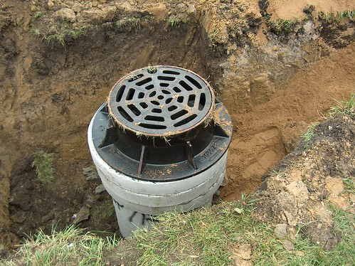 Metal Manhole Frame with concrete rings