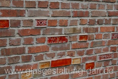 """Glas-""""Ziegel"""" / bricks made of glass • <a style=""""font-size:0.8em;"""" href=""""http://www.flickr.com/photos/65488422@N04/6050316381/"""" target=""""_blank"""">View on Flickr</a>"""