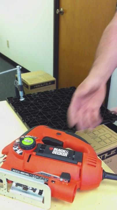 How to cut garage floor Tiles?