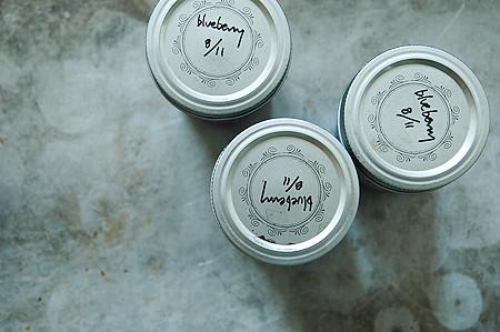 blueberry-freezer-jam-2