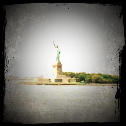 La Estatua de la Libertad, como la canción de @manosdetopo