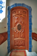 Casa Batlló: Antoni Gaudi's House of Bones (lukasz dzierzanowski) Tags: barcelona trip travel roof vacation sculpture art architecture photoshop canon design spain gaudi canon5d interiordesign casabatllo spanishstyle hiszpania spanisharchitecture ps5