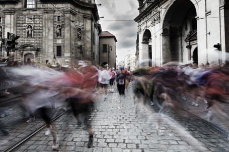 Praha chce regulovat závody v centru