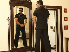 [Poster for Bodyguard with Siddique, Salman Khan, Kareena Kapoor]