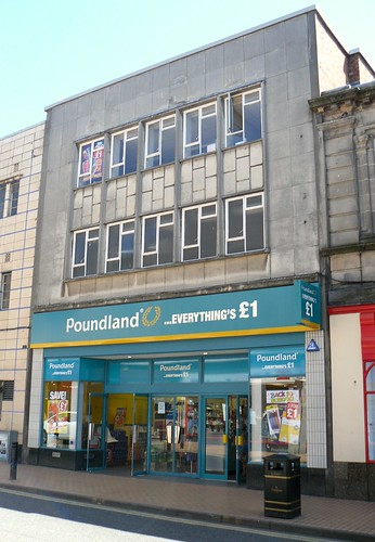 Former Woolies in Alloa