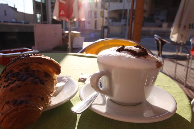 Brekkie in the tiny town of La Mudizza...