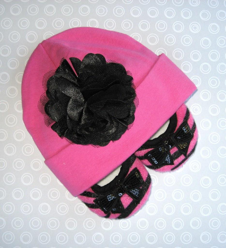 Cutie Patootie Hat & Shoetie Set