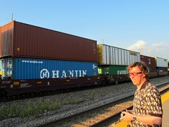 Double Stack Intermodal (Stuart Axe) Tags: usa america train us illinois unitedstates box unitedstatesofamerica rail railway trains container evergreen cast po sealand containership hyundai railways freight bnsf boxs yangming msc hanjin lisle liner shippingcontainer kline hapaglloyd cosco maersk intermodal doublestack nedlloyd chinashipping uniglory bigmetalbox ponedlloyd columbusline