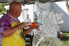 Professional Ice Sculptor Visits DACC Hospitality Students