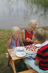 Happy birthday (Anders Sellin) Tags: sweden sverige sommar tena ginordicsept