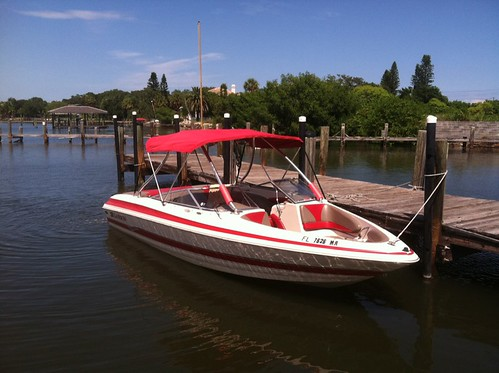 2004 Larson 230 Lxi With Custom wakeboard Tower Clean V8 Nada $17685