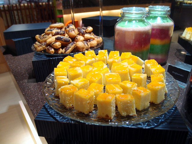 Buffet Town Desserts Counter