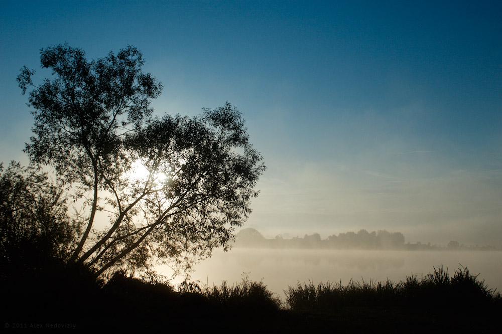Западный Буг. Рассвет. © 2011 Alex Nedoviziy