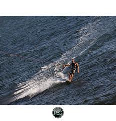 Kite Surf - Almanarre Hyres (_PEC_) Tags: park kite sport photoshop canon photo eau pix surf photographie image picture pic l 24 usm 70 kitesurf voile 83 var tuto hyeres pec 2011 hyres almanarre 5dmarkii oloneo 2011