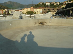 Depuis la digue, (Claudie K) Tags: ombre matin cerbre digue claudiek pontonsdmontage