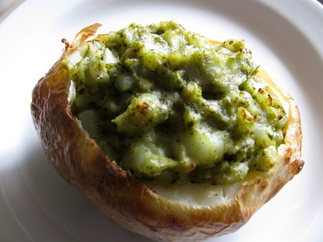secret recipe club: pesto potatoes