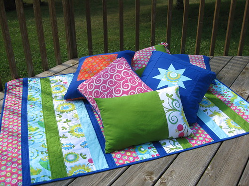 Miss M's quilt & pillows
