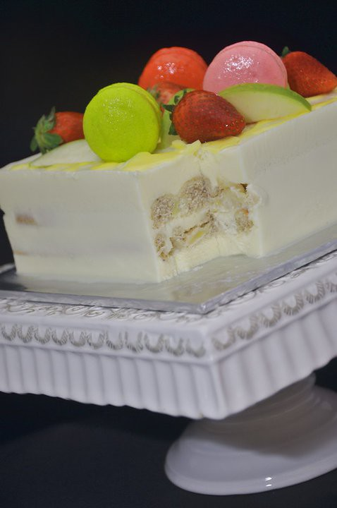apple white chocolate cake