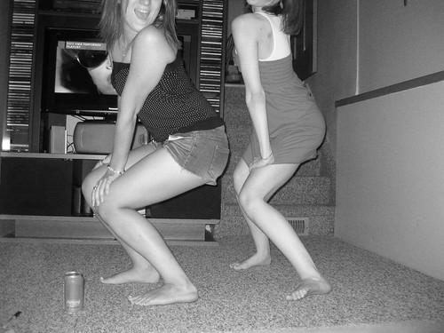 dancing queens.