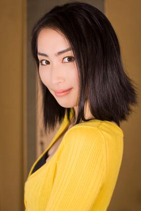 Tokyo single woman