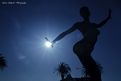 Keeper of the Light (bliss dance) (ProudPinoy) Tags: sanfrancisco sun island treasure treasureisland sfo bamboo goldengatebridge manila bayarea bluehour noypi pinoy tagalog lombardstreet goldenstate yerbabuenaisland blissdance jasonsalgadophotography blisddance moonbliss