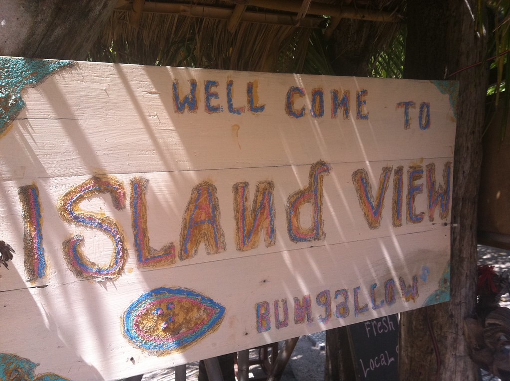 Bungalow sign, Gili Air, Lombok, Indonesia